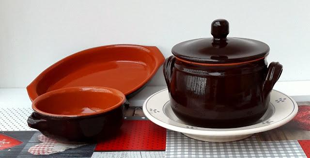 manufatti di ceramica, terracotta e maiolica