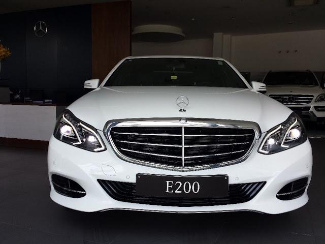 Mercedes%2BBenz%2BE200%2B%25288%2529%25283%2529