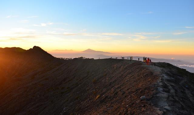 Puncak Gunung Ciremai