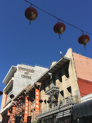 A picture of Chinatown in San Francisco