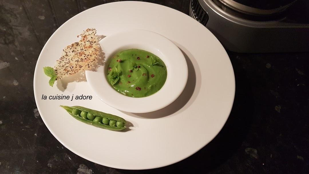 La cuisine j adore soupe glacee de petits pois a la menthe recette de l atelier des chefs - Soupe petit pois menthe ...