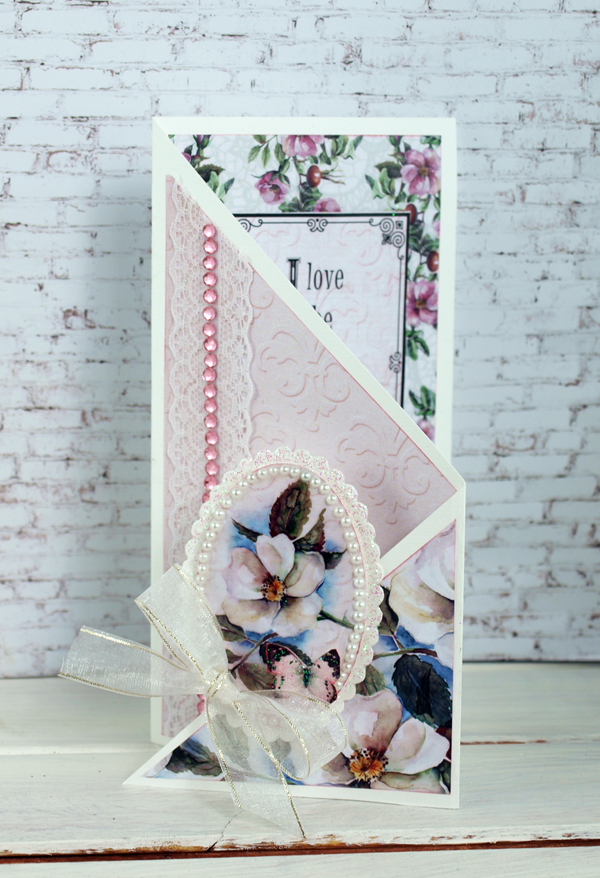 sue smyth Couture Creations Magnolia Lane tri fold card