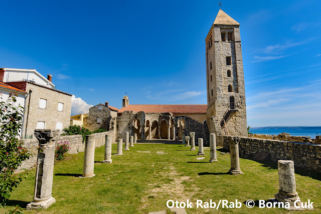 Zvonik i ostaci crkve sv. Ivana Evanđelista
