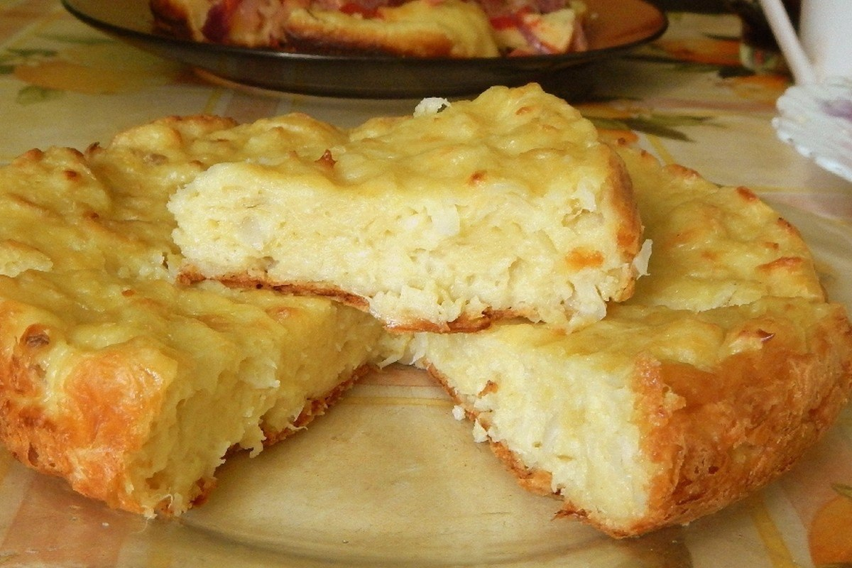 пирог с капустой на скорую руку на кефире в духовке
