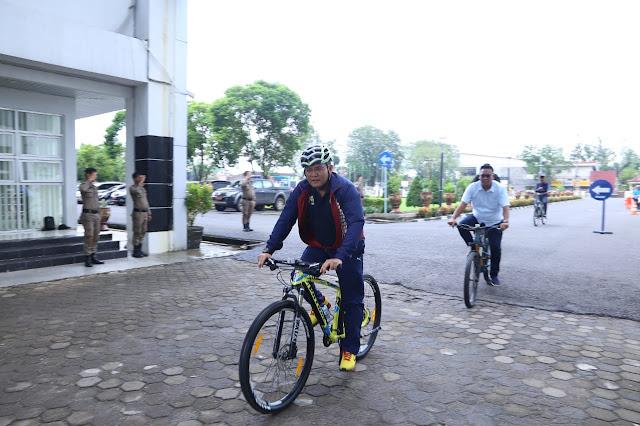 Bupati Muba Ajak ASN Naik Sepeda ke Kantor