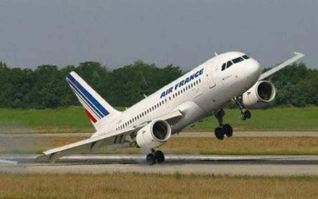 طائرة فرنسية تنجو من كارثة في مطار الرباط.. ولشكر أبرز الناجين