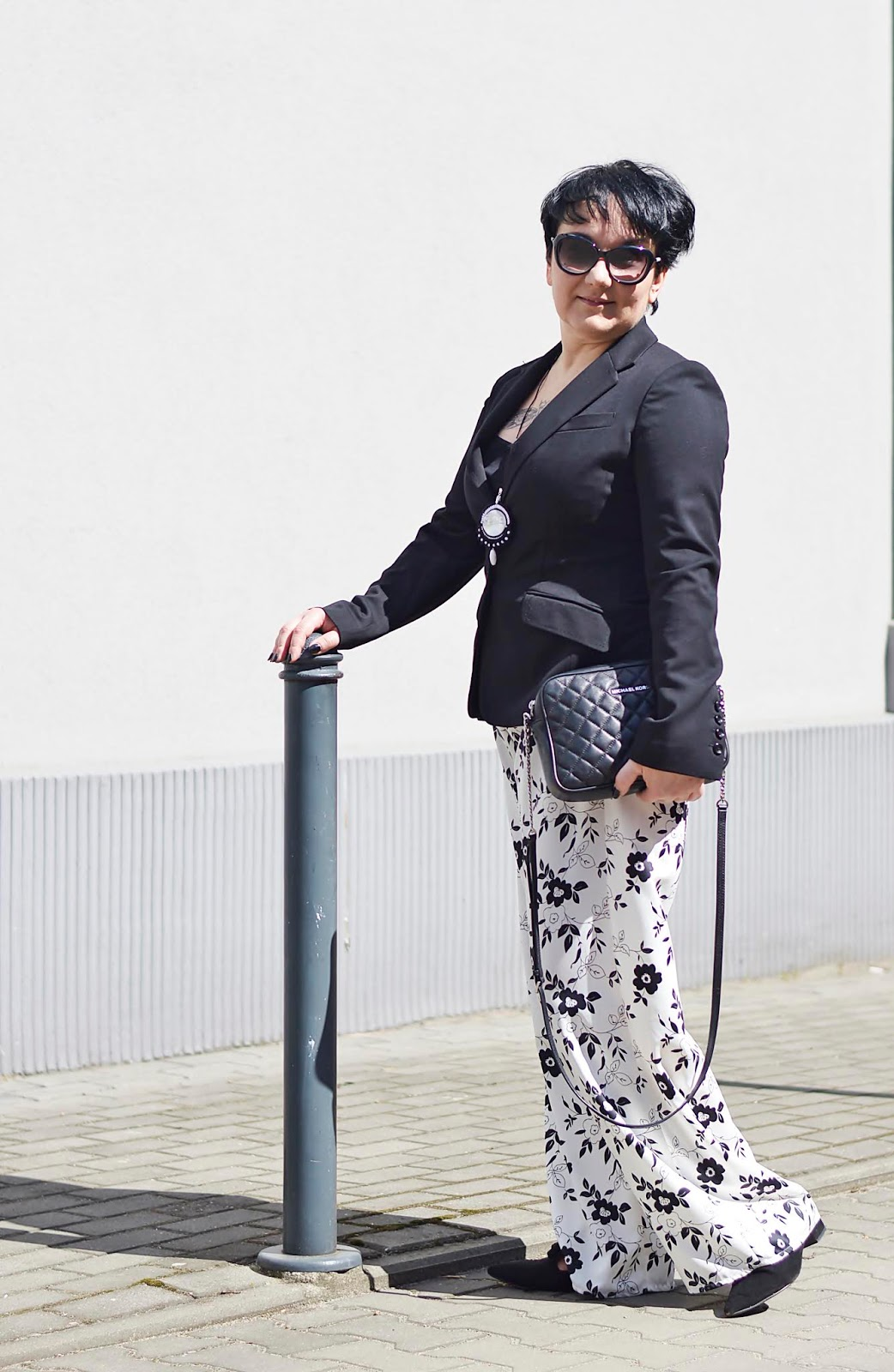 Black and white stylisation, Black and white fashion, H&M jacket