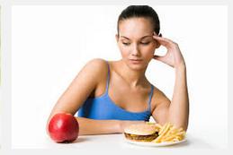 ¿Se debe acompañar la dieta con complejos vitamínicos?