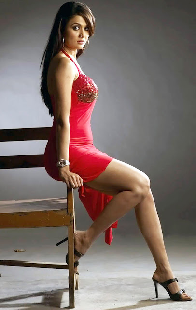 Charming Indian actress pic, lovely Bollywood actress photo