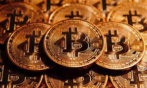 افضل 4 مواقع مفيدة للمهتمين في العملات الرقمية.