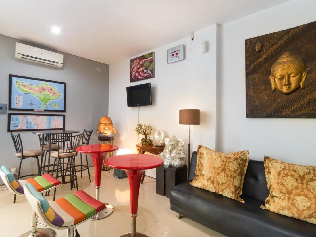 A Residence Kuta Bali 32
