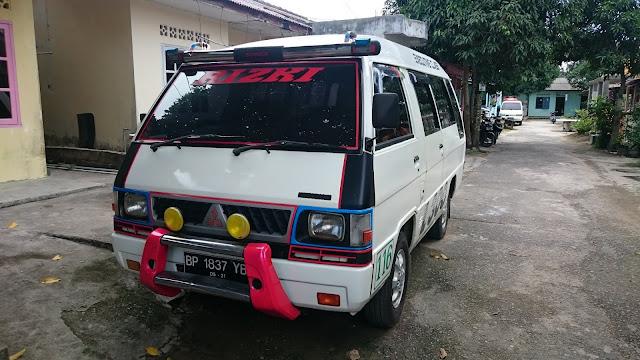 Rental Mobil L 300
