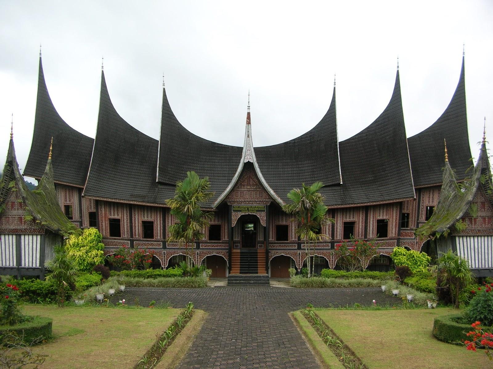 Rumah Tradisional Minangkabau
