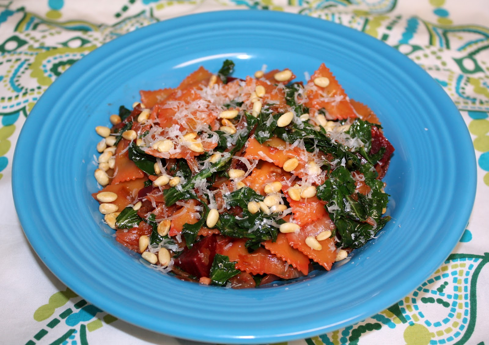 The Biggest Li'l Blog: Farfalle with Beets, Kale and Pine Nuts