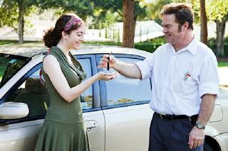 Mau Punya Mobil di Usia 20-An? Berikut 4 Trik yang Wajib Dicoba