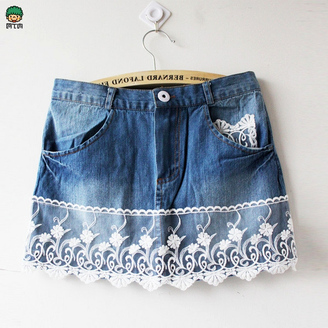 Ideas for decorating denim shorts