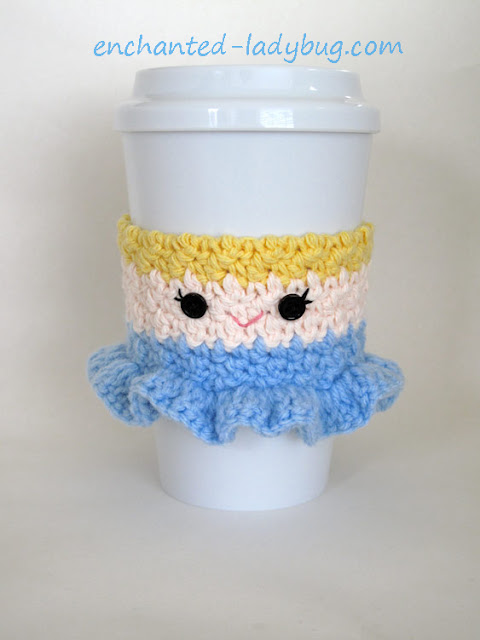 Free Crochet Pattern: Cinderella Coffee Cup Cozy