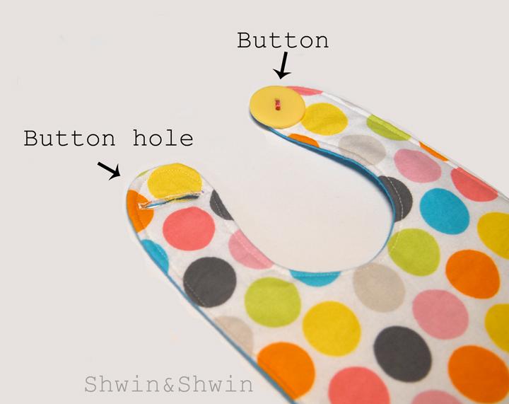 Baby Bibs {Free Pattern} - Shwin and Shwin