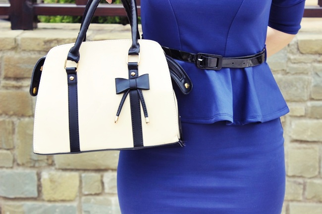 bag with cute bow detail
