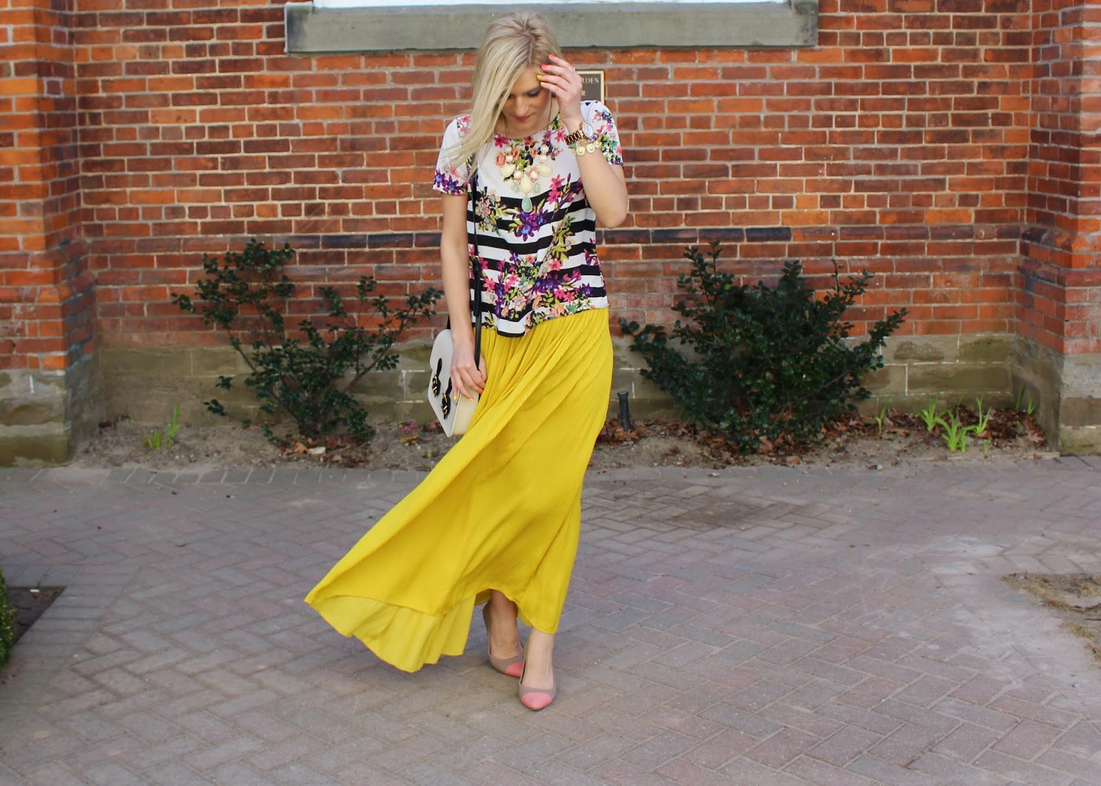bijuleni - spring look, yellow Zara skirt and striped top