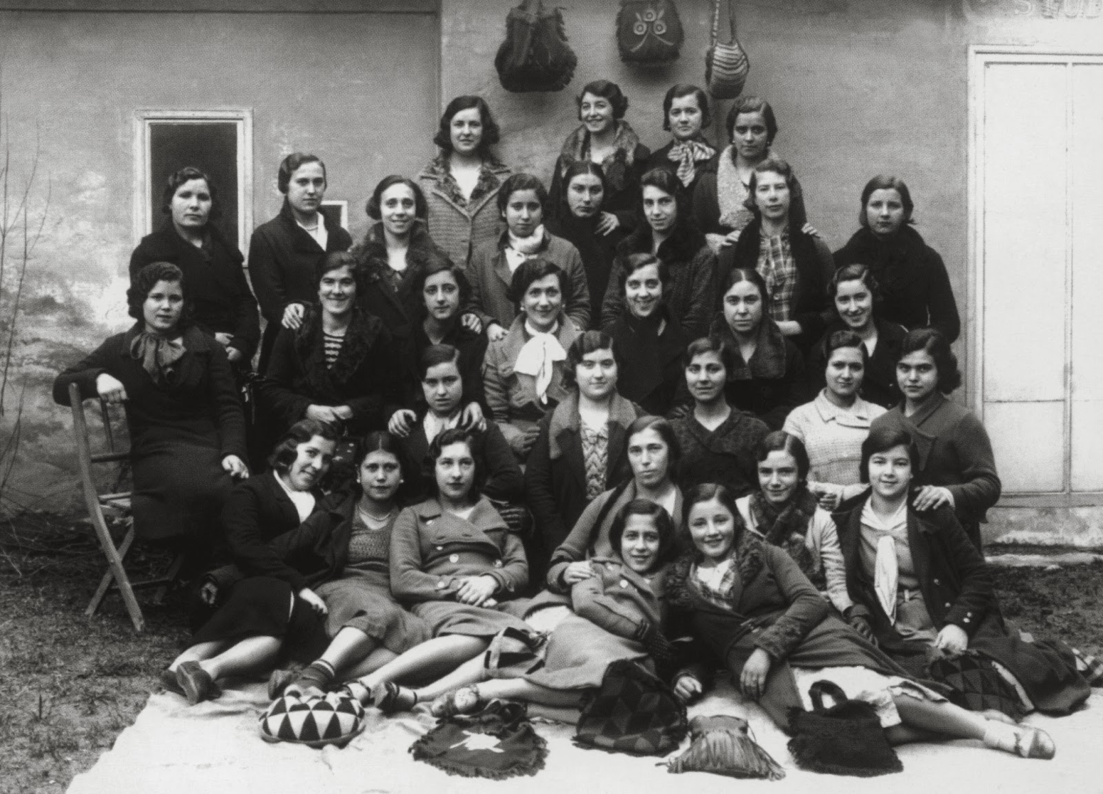 Mujeres solteras manos en alcorcón
