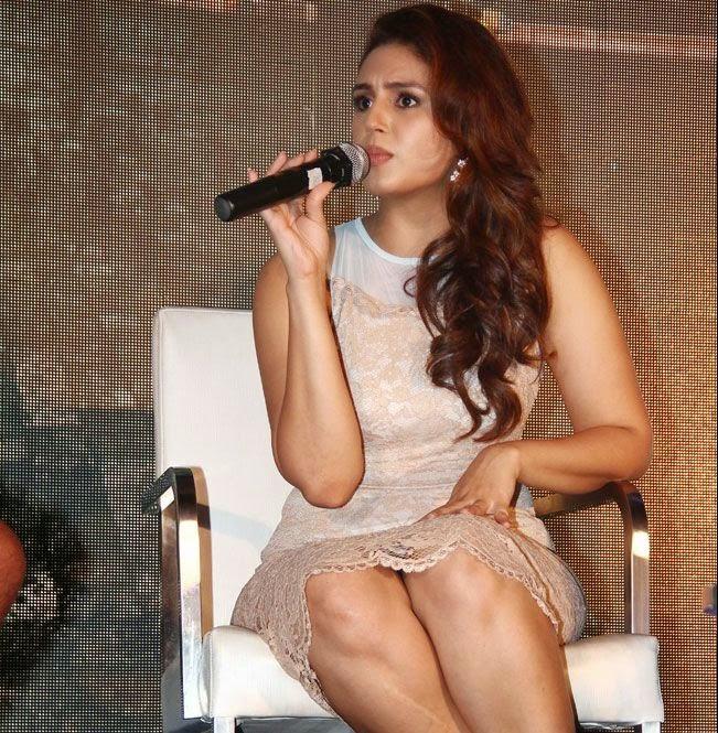 Huma Qureshi Latest Hot Stills In White Dress