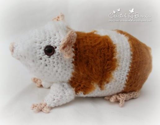 Handmade By Bianca Häkelmeerschweinchen