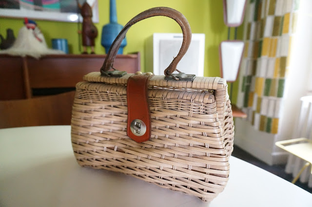 sac en osier  a wicker bag vintage