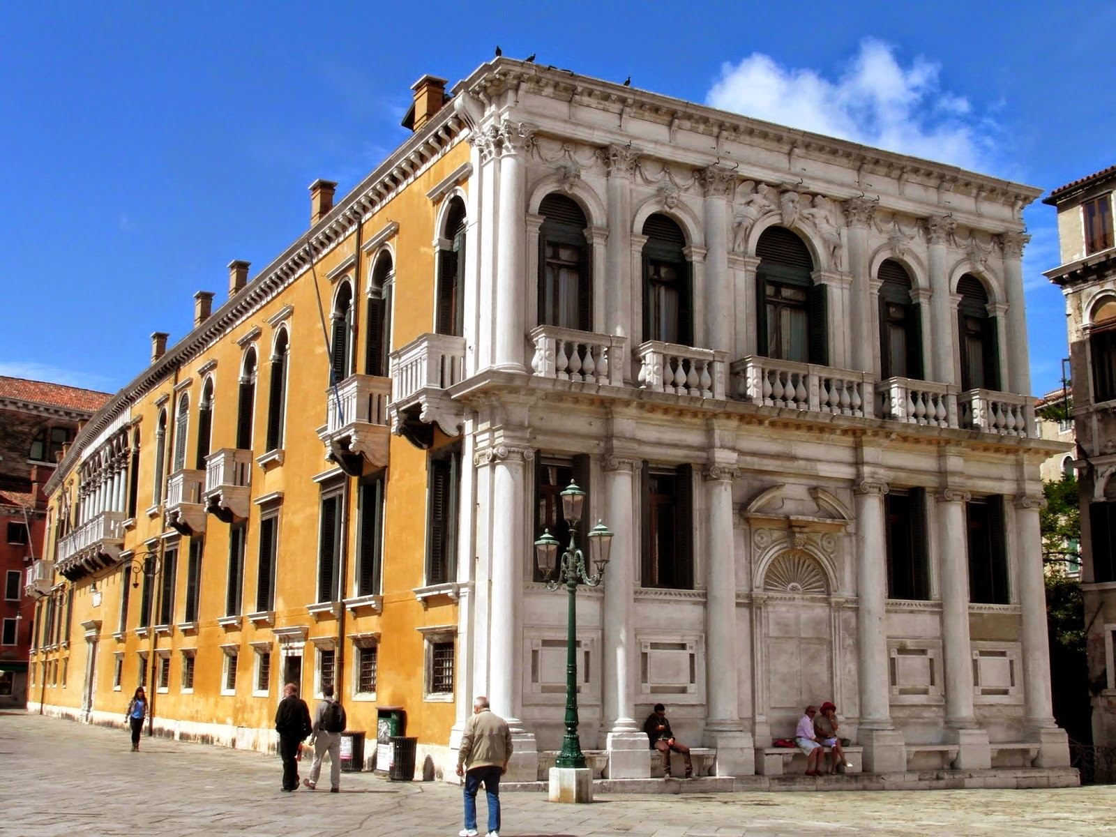 Palazzo Loredan, Campo Santo Stefano, Venice