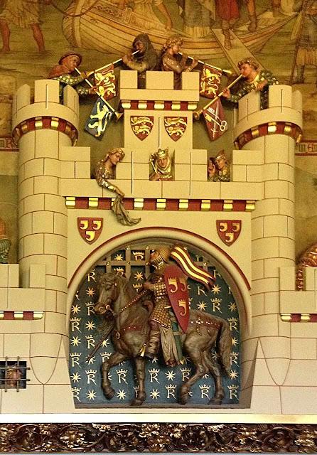 A partida do cavaleiro, detalhe da lareira do castelo de Cardiff, Gales