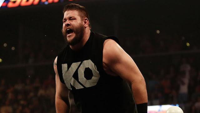 Kevin Owens hazautazott a WWE turnéjáról!