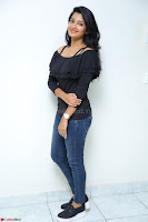 Deepthi Shetty looks super cute in off shoulder top and jeans ~  Exclusive 100.JPG