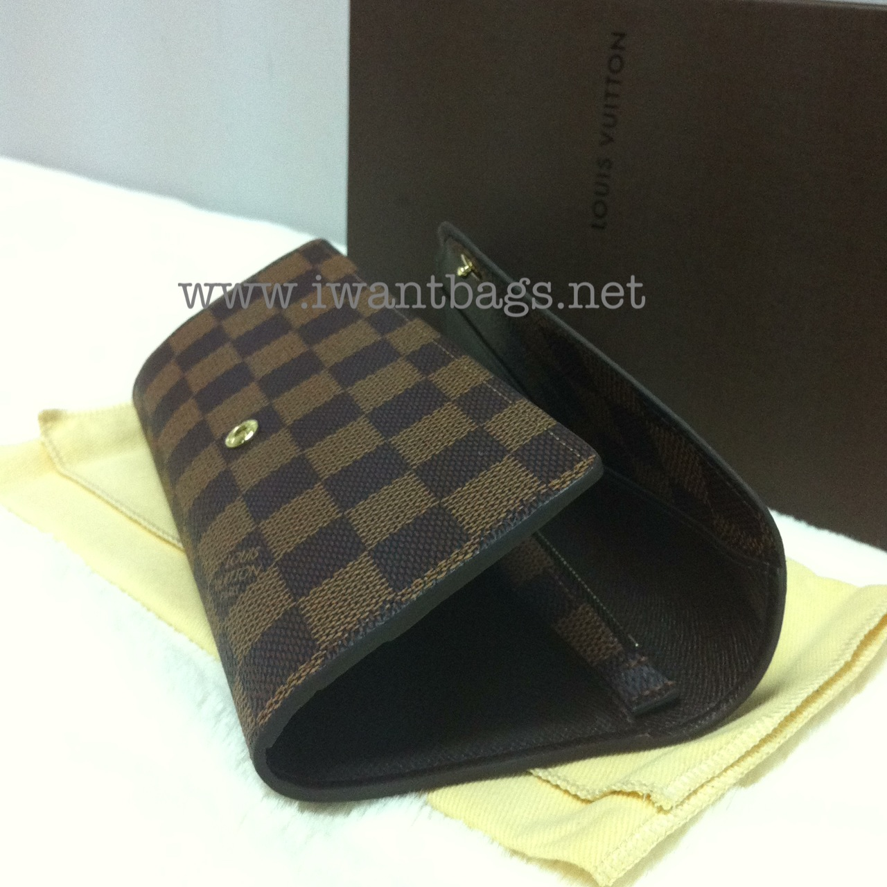 12e202b2f31a I Want Bags backup: Louis Vuitton Josephine Wallet Damier Ebene N63018