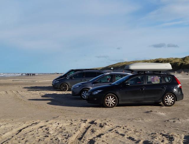 Am Autostrand in Dänemark: Pro und Contra. Unsere Erlebnisse und Erfahrungen; die Argumente des Für und Wider des Befahrens mit dem eigenen Fahrzeug stelle ich Euch überblicksartig vor.