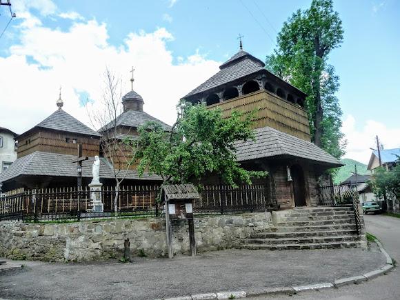 Сколе. Церковь святого Пантелеймона. УГКЦ. 1591 г.