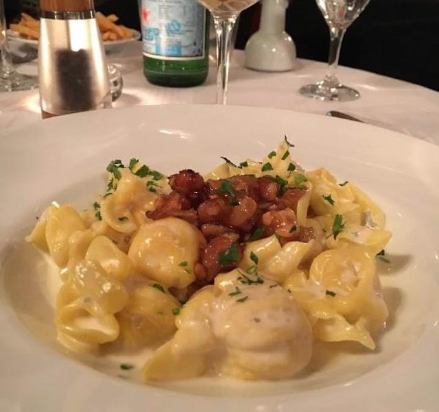 Fiocchi mit Birne und Gorgonzola