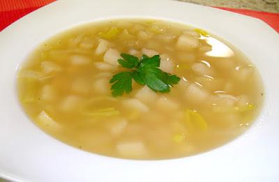Sopa de papa y poro