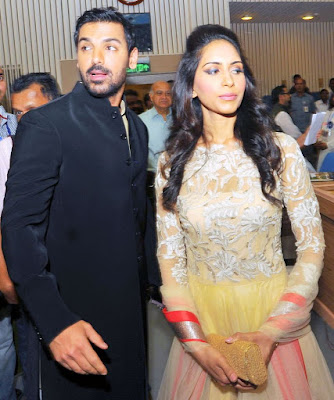 John-Abraham-With-Wife-Priya-Runchal-marriage
