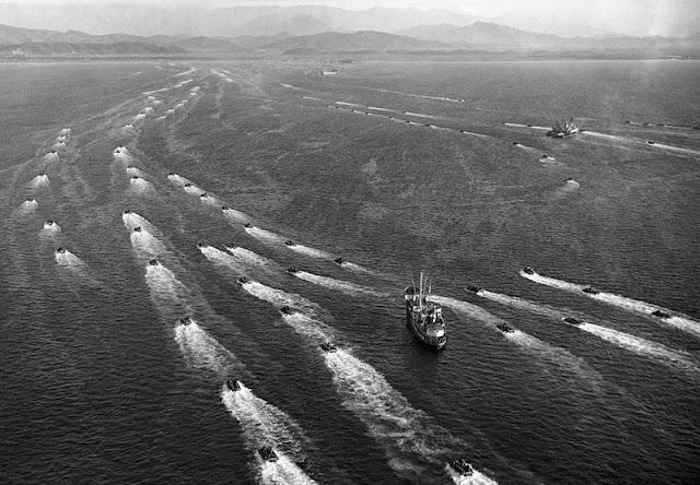 Gran desembarco de 50.000 soldados norteamericanos en la Bahía de Wonsan