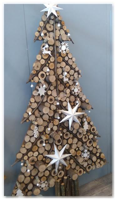 sapin de Noël en rondins de bois Marie Claire Idées
