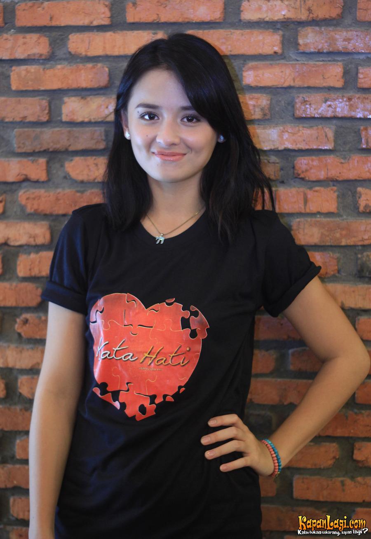Foto Bugil Mahasiswi Cantik Penuh Pesona Memek Menggoda Pic 23 of 35
