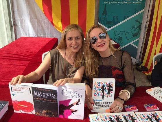 Firmas de libros de Sonsoles Fuentes y Eva Moreno