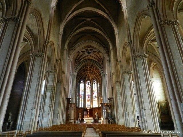 Iglesia de Saint Michel, Dijon, Borgoña, Francia