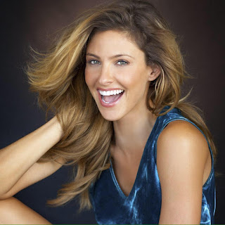 Jill Wagner age, married, bio, husband, parents, mother, wedding, david wagner, hot, cbs, wipeout, actress, movies and tv shows, hallmark, bikini, wiki, biography