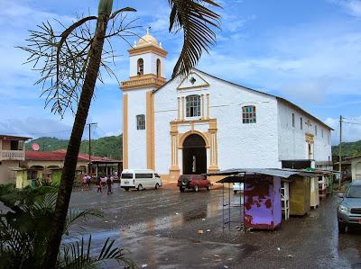 Iglesia San Felipe, Portobelo, Panamá, round the world, La vuelta al mundo de Asun y Ricardo, mundoporlibre.com
