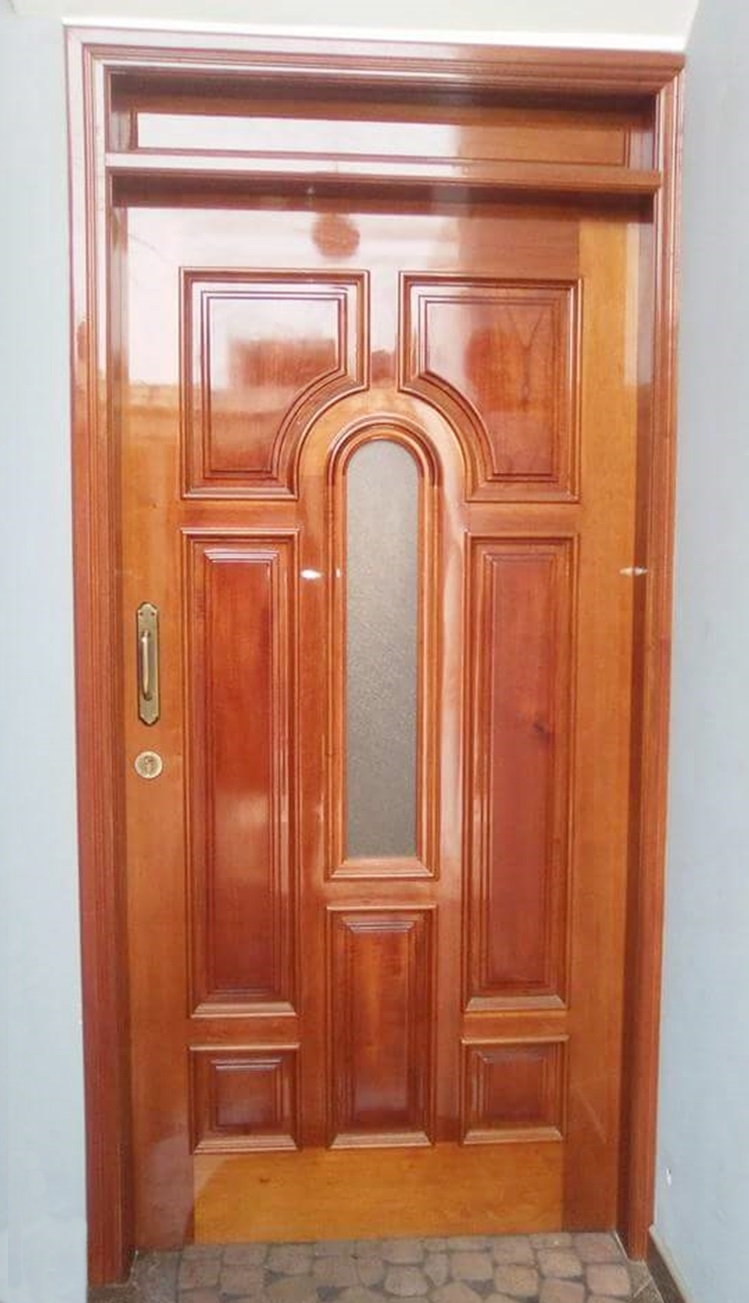 Puerta de madera para exteriores en surco carpintero en lima for Puerta de madera exterior usada