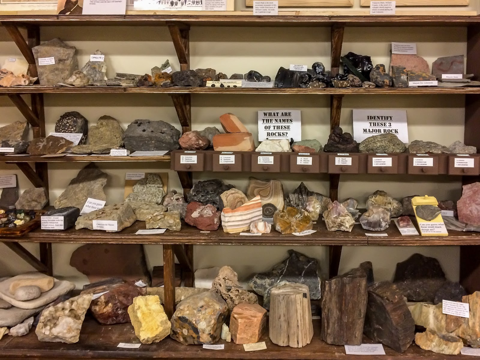 Melissa's Amusings: My Rockhounder's Dream Adventure With