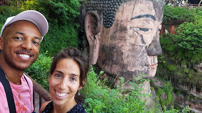 Tim and Ainhoa with the giant Buddha in Leshan