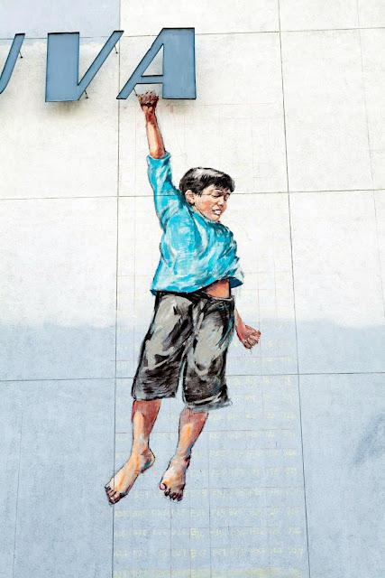 Street Art By Ernest Zacharevic For Vilnius Street Art Festival In Lithuania. 5