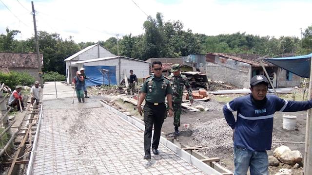 Dandim 0735/Surakarta tinjau langsung pelaksanaan TMMD Sengkuyung I TA. 2019